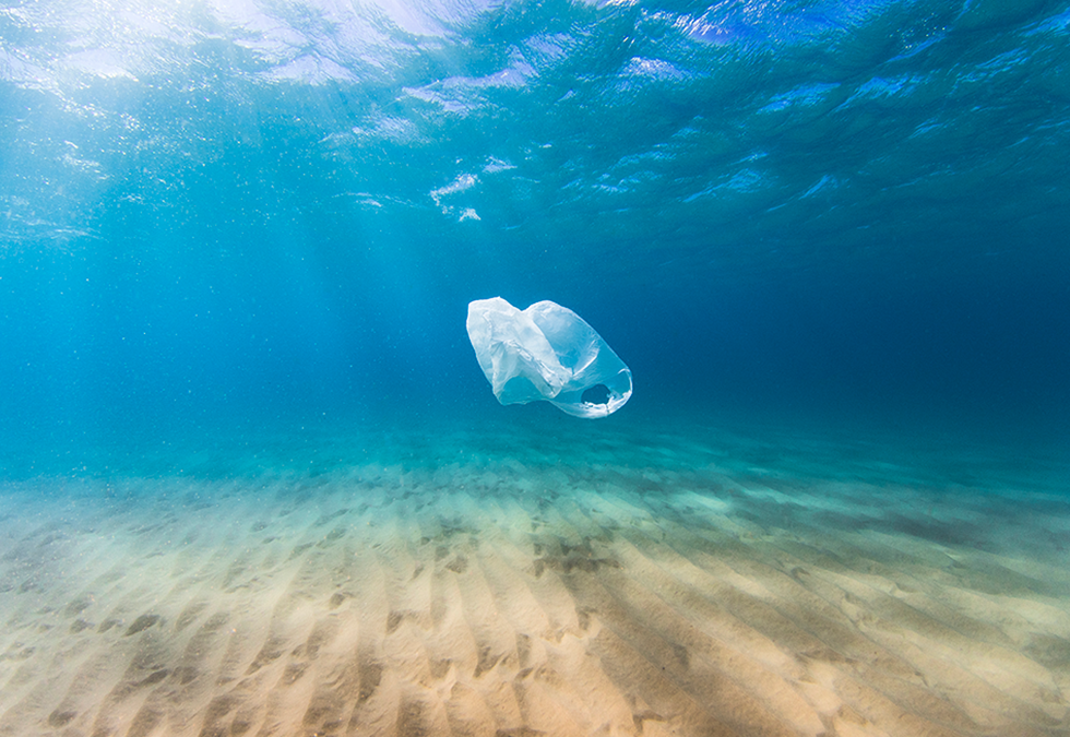 Plastic-Bag-in-Ocean.png